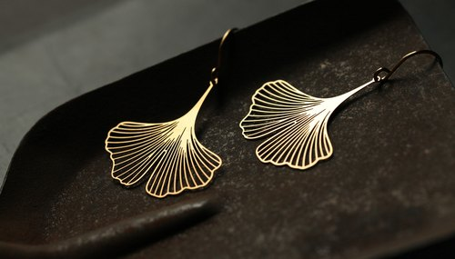 金银杏耳环 Ginkgo Earrings (Gold)