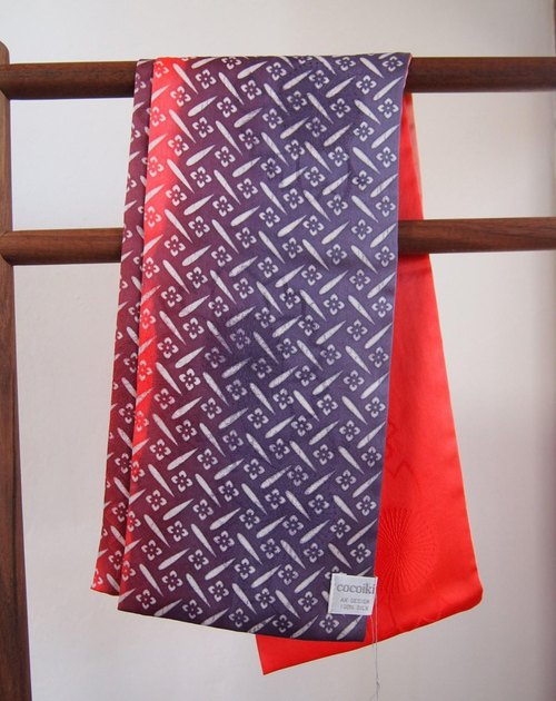 Domestic silk komon and hand-painted dyed stole -Red & Purple-