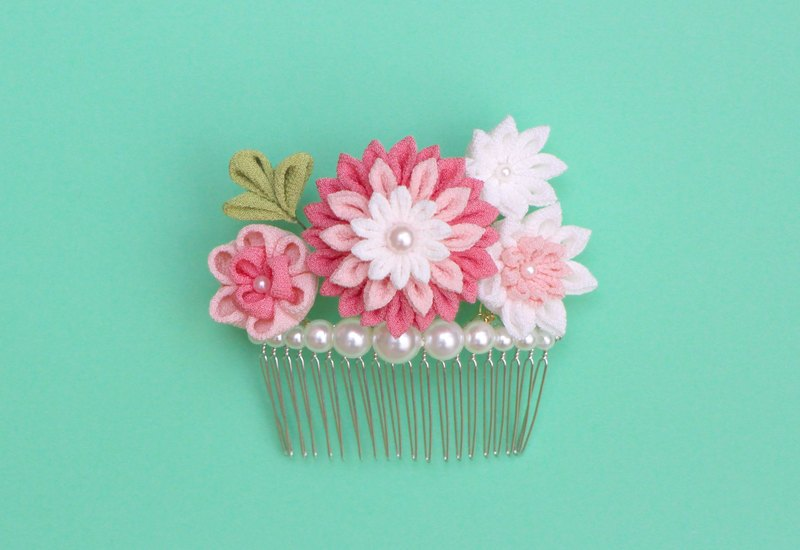 Princess Pearl Comb Pink Silk Thin Film