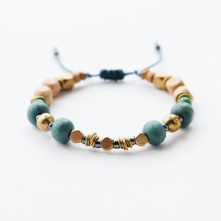 Green wooden beads string bracelet with brass materials
