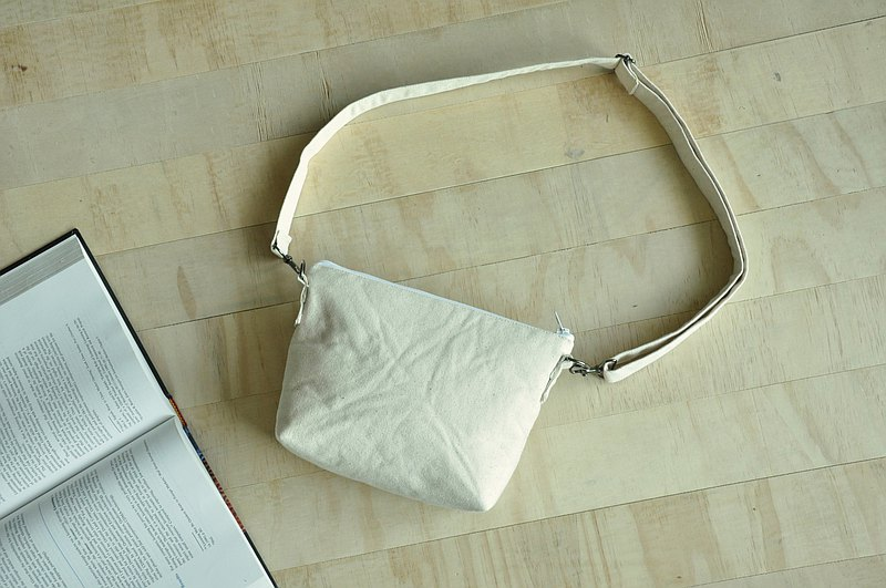 ENDURE/Simple design shoulder bag/小尺寸肩背包/米色帆布