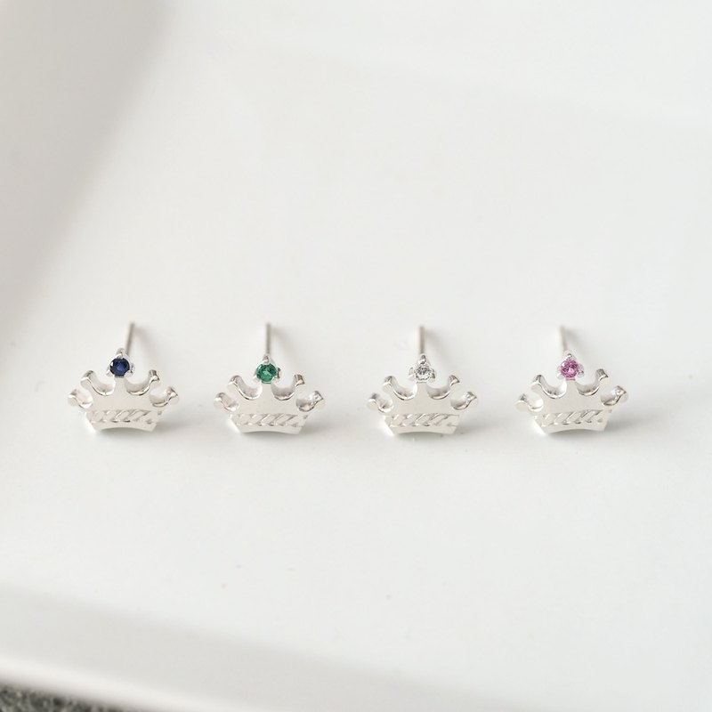 Tiny Crown Earrings 925 Silver