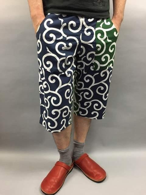 Japanese pattern shorts arabesque (green × navy blue)