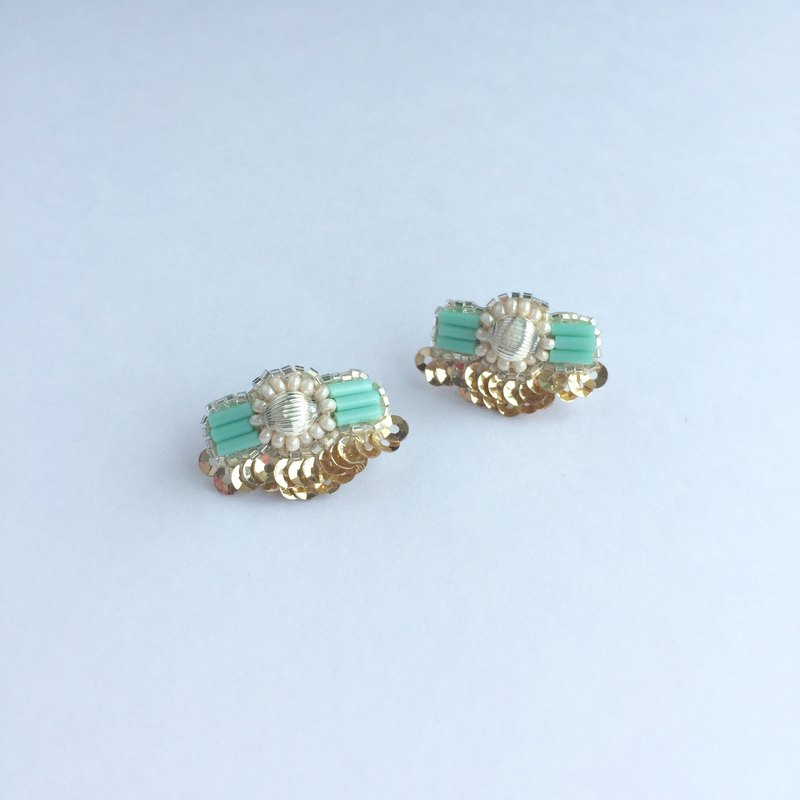 Bowtie Ribbon Earrings Mint
