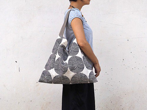 Linen shoulder bag made from patterns