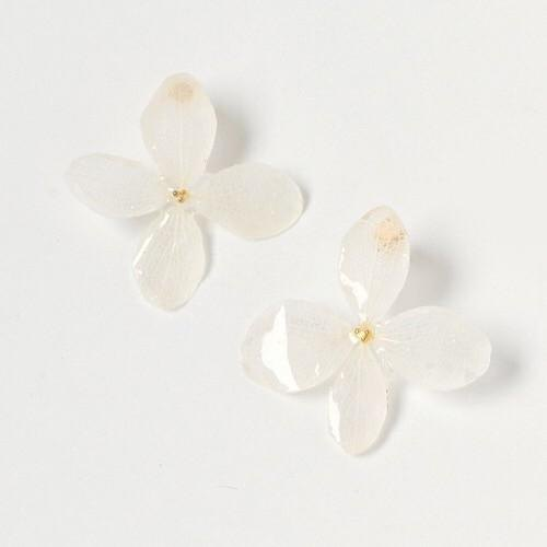 Hydrangea long pierced earrings*White*