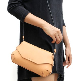Pomely shoulder bag /Tan