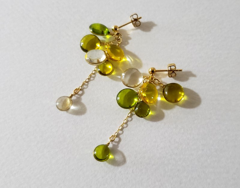 colour cluster pierced or clip-on earring <olive green> SHORT