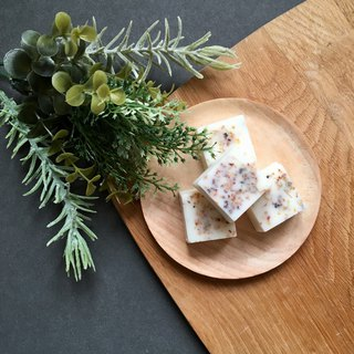 4 Sweet Olive Melts | Scented Soy Wax Melts | Dried Flowers Infused Bricks